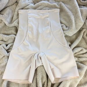 Miraclesuit EX Firm Shape Away Shapewear NWOT